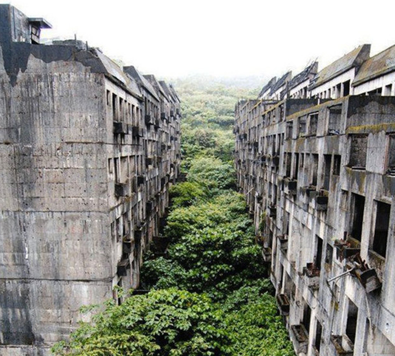 10 Of The Most Haunting Abandoned Places On Earth