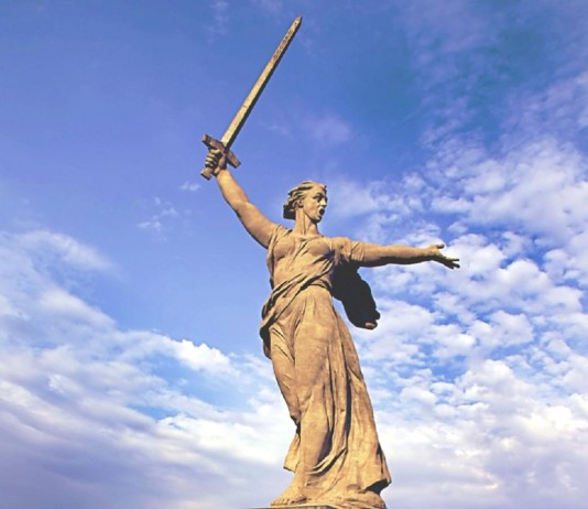 The Motherland Calls, Russia