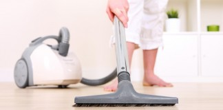 vacuum cleaners under 100 dollars