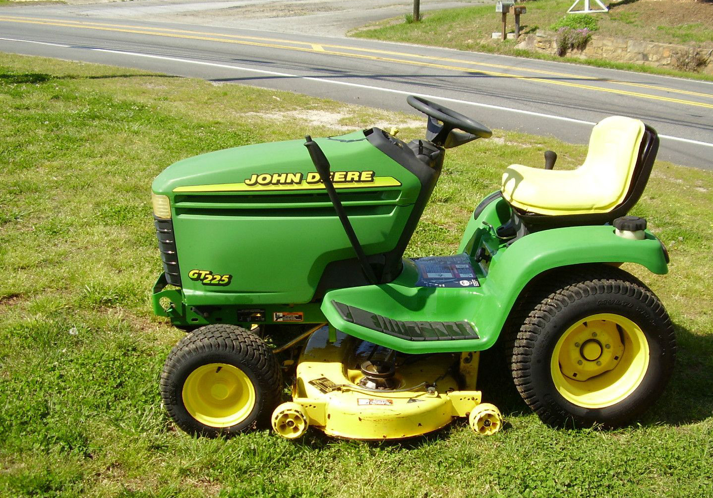 Top 10 Best Riding Mowers For The Money Pei Magazine