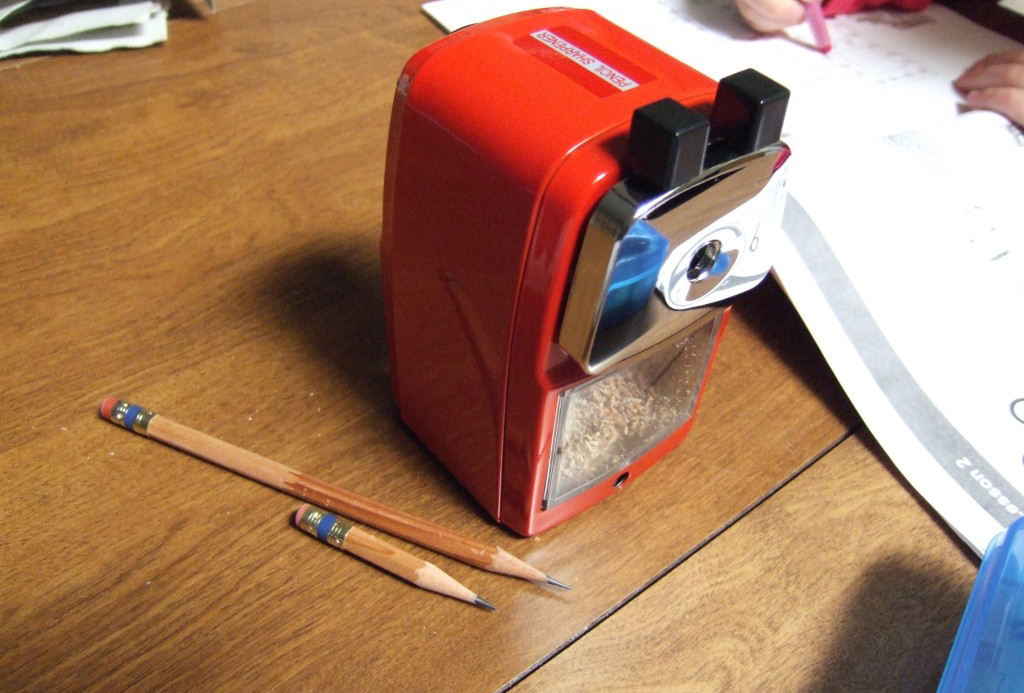All-purpose pencil sharpener by Benefit : review - Makeup ...