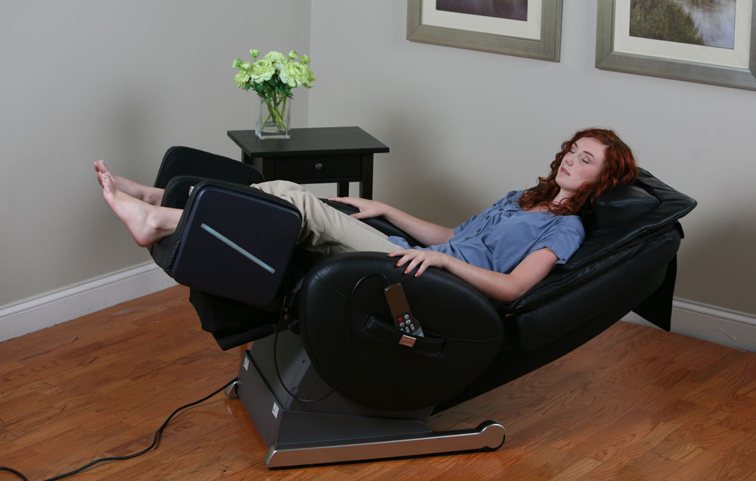 Top 10 best massage chairs of 2017 reviews pei magazine for Popular massage chair