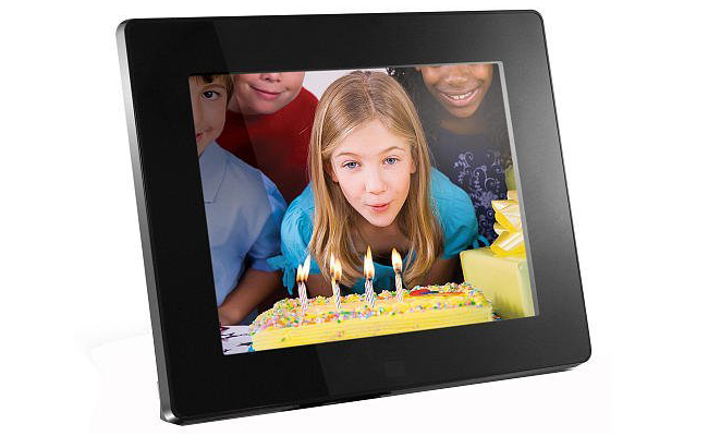 10aluratek admpf108f 8 inch hi res digital photo frame