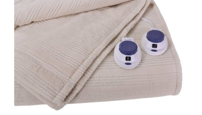 Can An Electric Blanket Heat A Room
